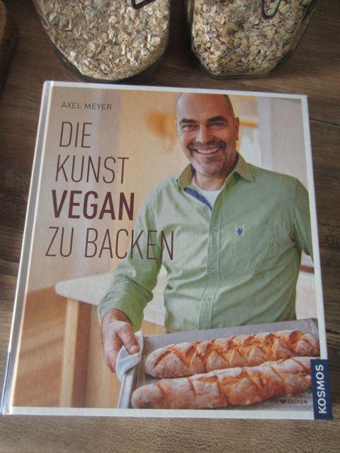 kitchencat-veganbacken