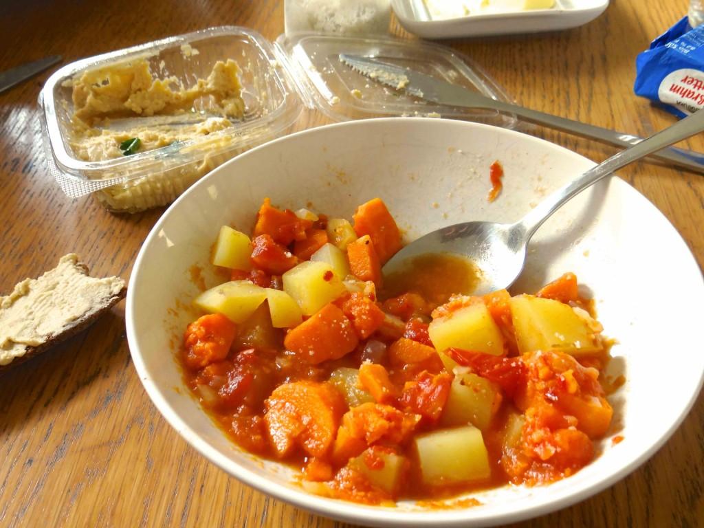 kitchencat-ein-topf-kartoffeln-marokko