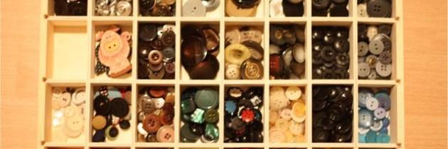 Wenn viele Knopfkisten und eine Liebe für das Sortieren von Dingen aufeinander treffen